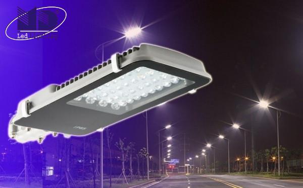 Lưu ý khi chọn mua và sử dụng bóng đèn ngoài trời